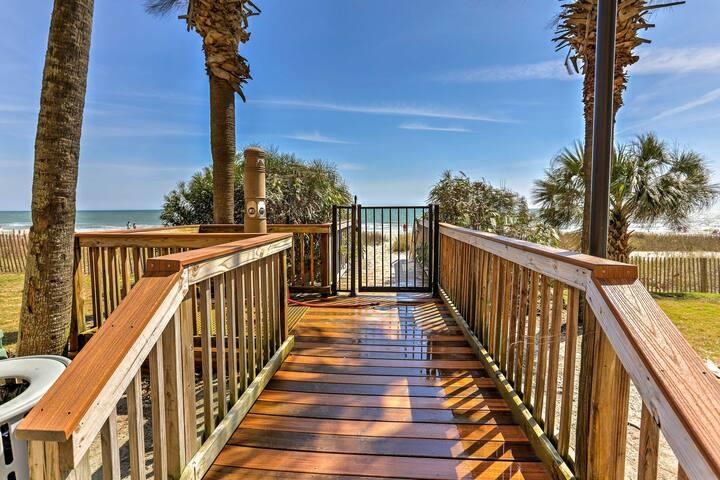 You'll have convenient beach access.
