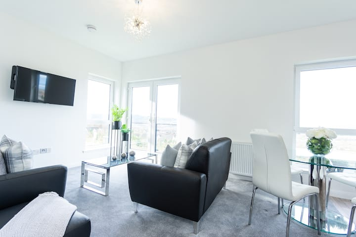Inverness city aptmnt 27 luxury - 2 bed / 4 guests