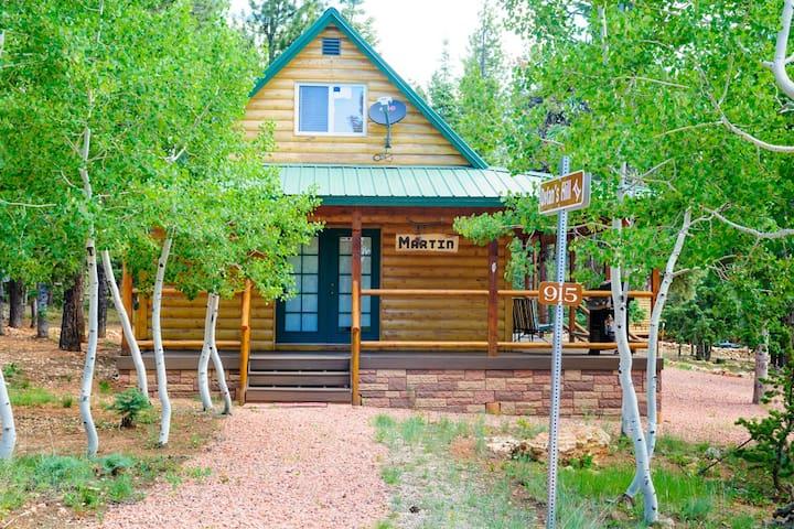 Forest Cabin - Duck Creek Village - Cabaña