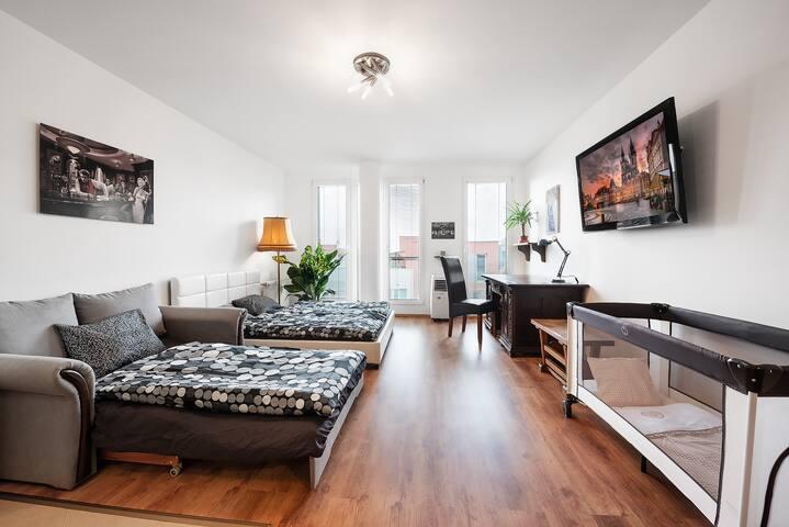 Catrin apartment-metro 100m-klima