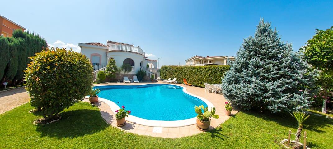 Villa Oggi