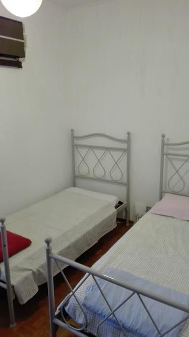 Seconda stanza con letti singoli