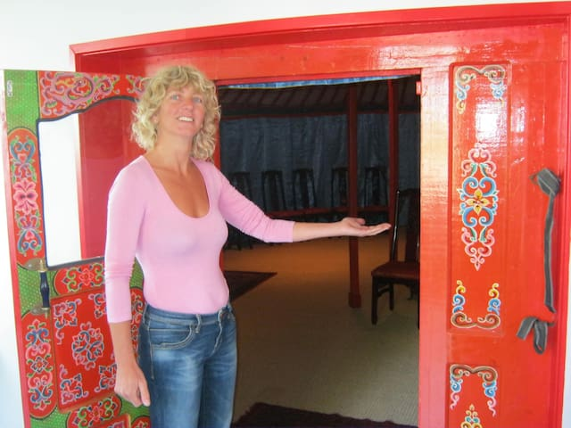 Luxe Mongoolse Yurt en Ruime Serre - Olst - Yurta