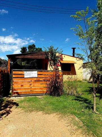 Casa en Los Titanes - La Tuna