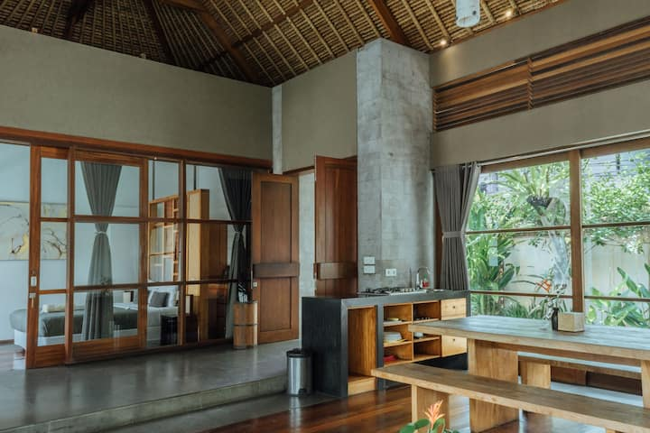 One Bedroom with Private Pool & Kitchen