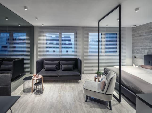 Wonderful Contemporary Apartment TOP CENTRAL