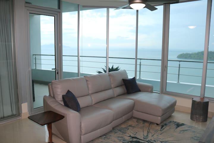 19D - 2 Bedroom Luxury Apt at Playa Bonita-Panama