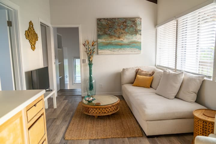 Encinitas Beach Retreat - Mins to Moonlight Beach