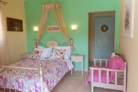 Triple Room with sea view - Patitiri