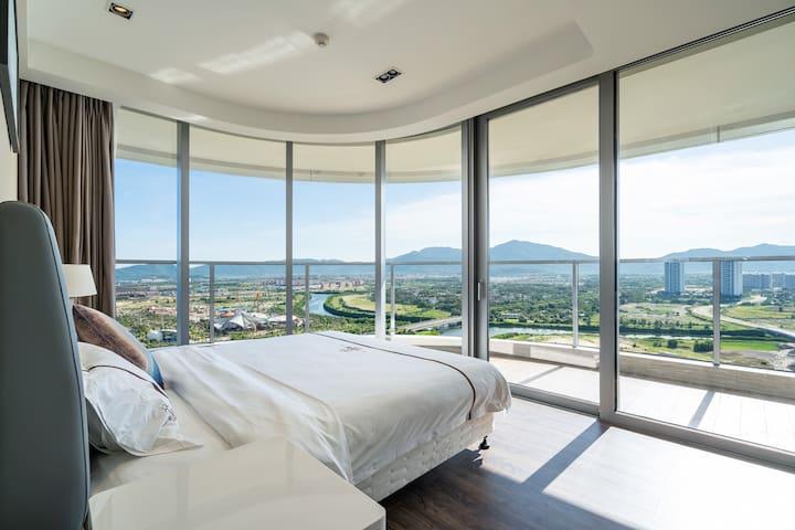三亚海棠湾保利财富一房一厅270°海景房(预订前请先咨询房态)