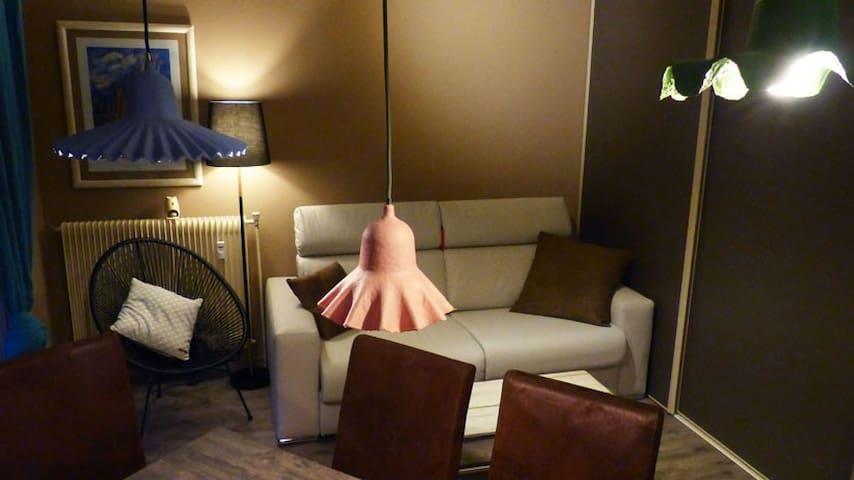 Studio Grand Confort 2/4 P+ Parking - Gréoux-les-Bains - Apto. en complejo residencial