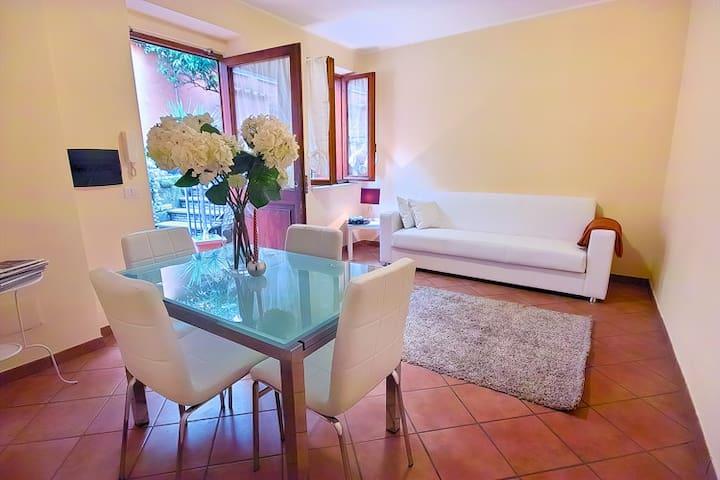 BEAUTIFULL HOUSE WITH  GARDEN IN SPANISH STAIRS - Roma - Pis