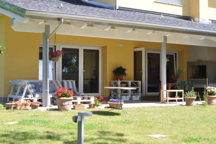 B&B in the countryside a few km from the centre