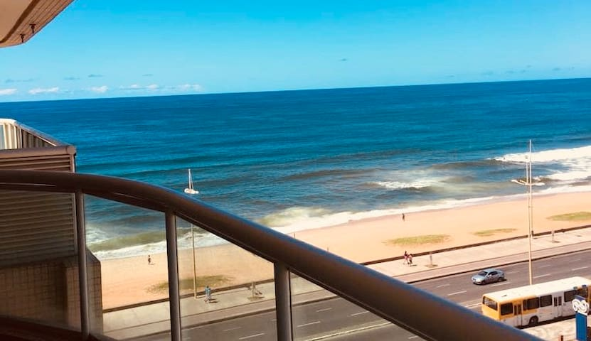 Lindo Apartamento em frente à Praia