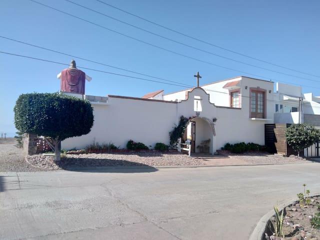 Furnished Apartment, by Cristo del Sagrado Corazon