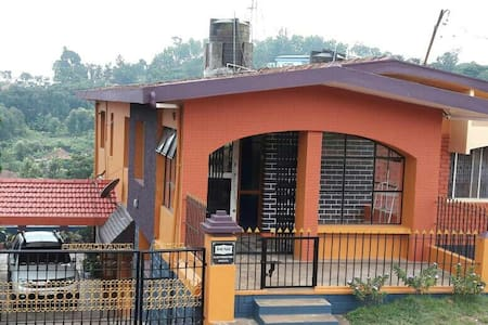 Honey Palace Homestay-Madikeri
