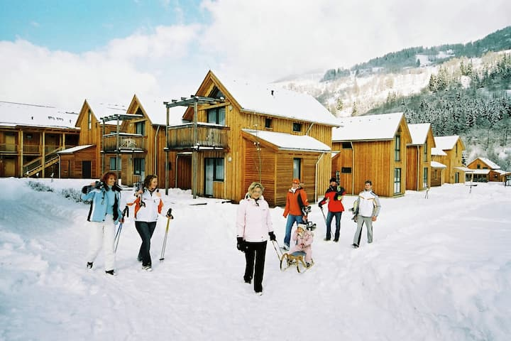 Spacious Chalet near Ski Area in Sankt Georgen ob Murau