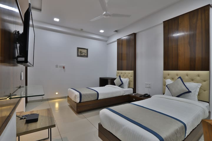 Hotel Welcome - Deluxe Room