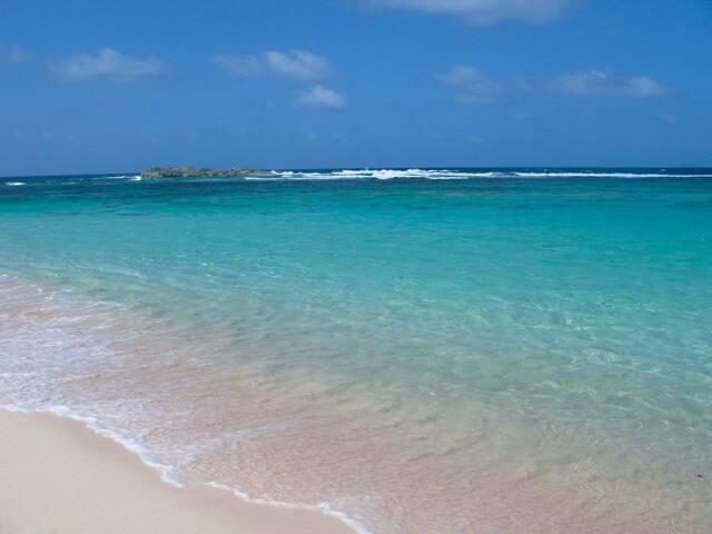 Eva's Beach Retreat - Clarence Town - Huis