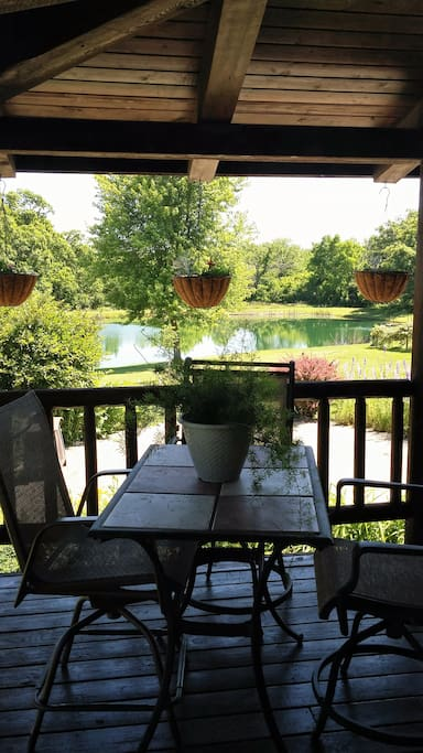 breakfast nook on porch