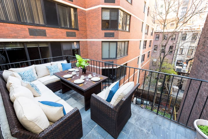 2BR Midtown East Pad With Large Private Terrace!