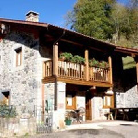 Casa Jamin en plenos Picos de Europa
