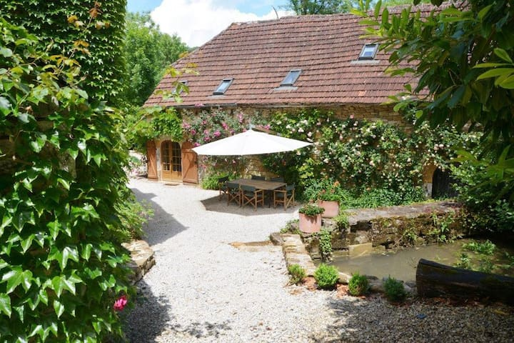 Luxurious 2 bedroomed stone barn - Martel - Hus