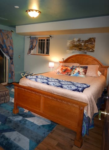 Farmhouse Bluebird Suite #1