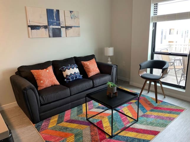 Convenient + Lively 1BR Apt in Capitol View S