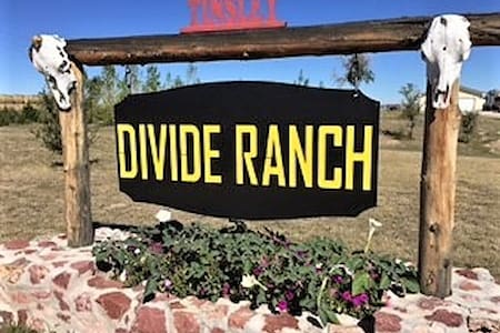 Divide Ranch - Wheatland - Camping-car/caravane