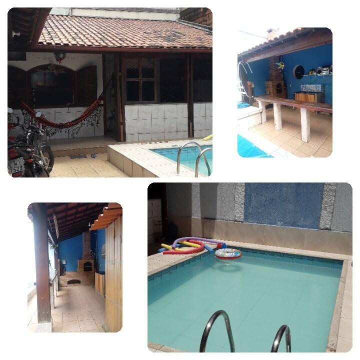 Casa Muriqui, com piscina a uma quadra da Praia.