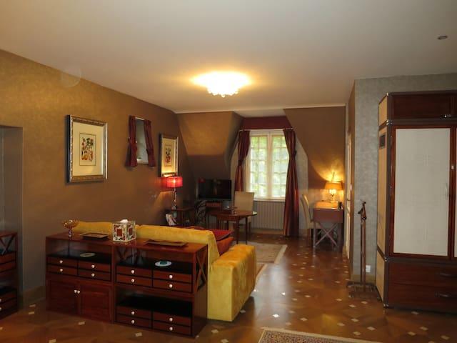 KerBlondel, Luxurious 'Transatlantic' Suite - Plouezoc'h - Bed & Breakfast