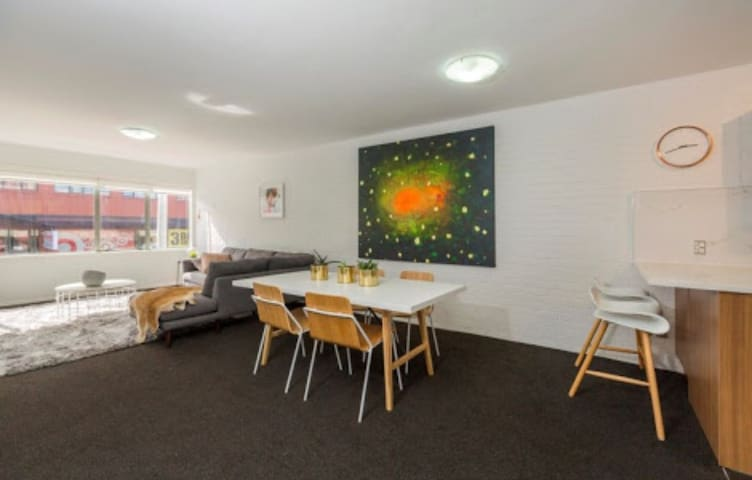 Spacious 3 bedroom apartment - Auckland - Leilighet