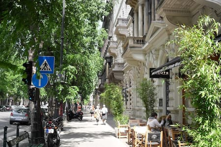 Andrassy Budapest Standard Cool 7 - Pis