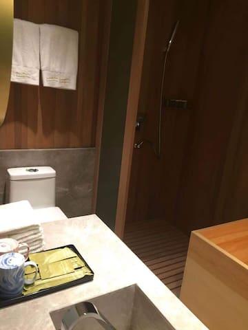 涵熙公寓式酒店  冰雪大世界,太阳岛 ,万达滑雪场