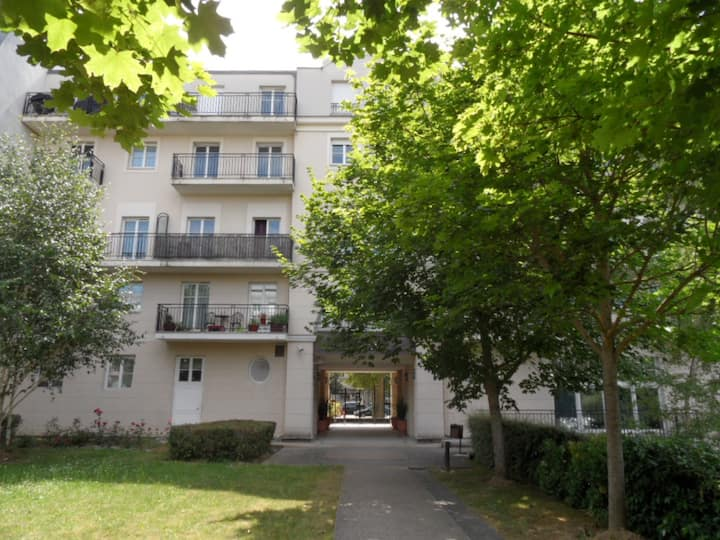 DANUBE10 -Spacious apartment 8pax- Disneyland