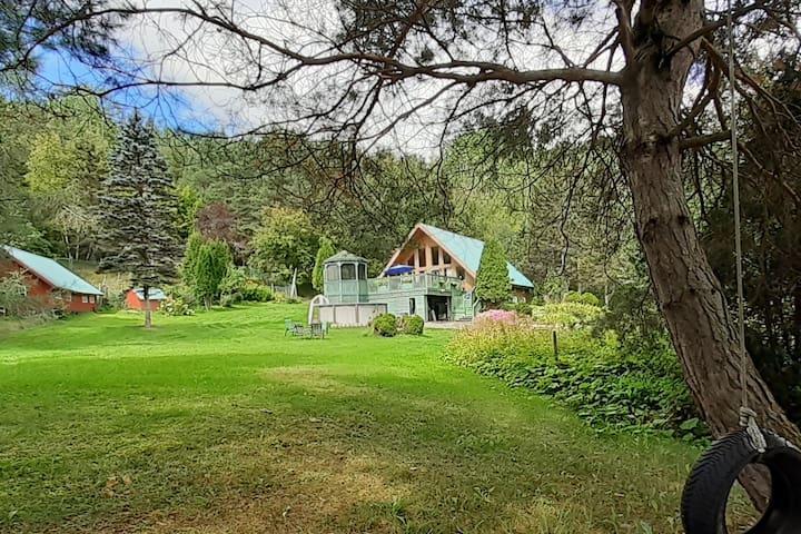 Maison ensoleillée près du fjord du Saguenay