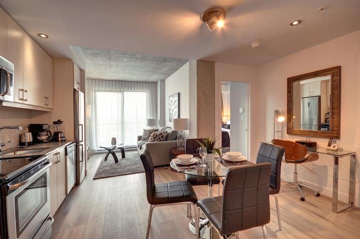 Gorgeous one bedroom in Old Montreal M2