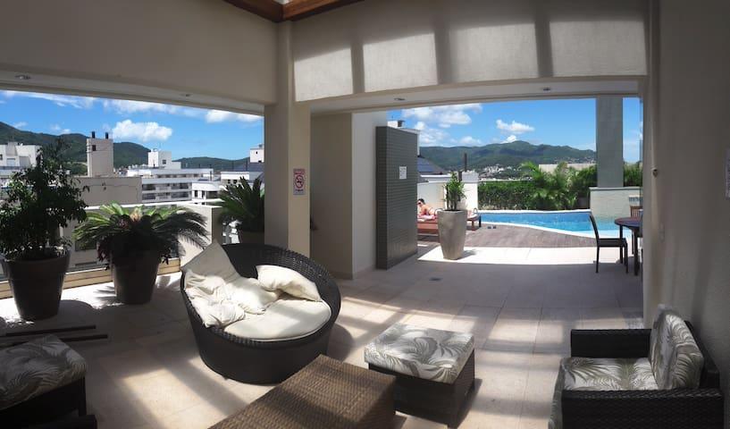 Apartamento com ótima estrutura e localização - 弗洛里亞諾波利斯 - 公寓