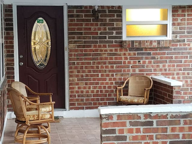 Cozy House mins from NAS JAX & Orange Park Mall