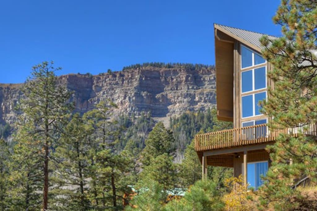 Private setting and mountain views at Durango Colorado vacation rental home known as Cliff View House