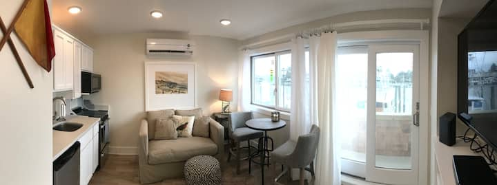 BOUTIQUE WATERFRONT CONDO on Canal at Lewes