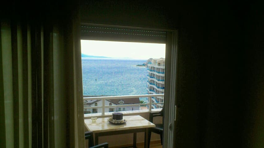 Fully furnished apartment downtown - Sarandë - Appartement