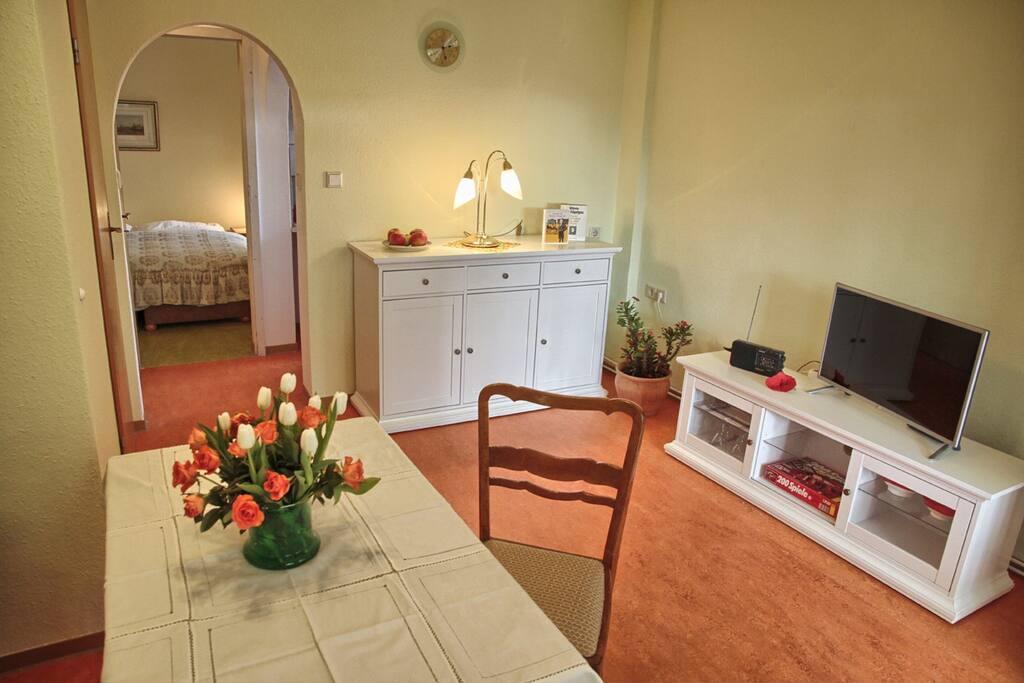 zentral gelegen urige 2 raum wohnung wohnungen zur miete in dresden sachsen deutschland. Black Bedroom Furniture Sets. Home Design Ideas