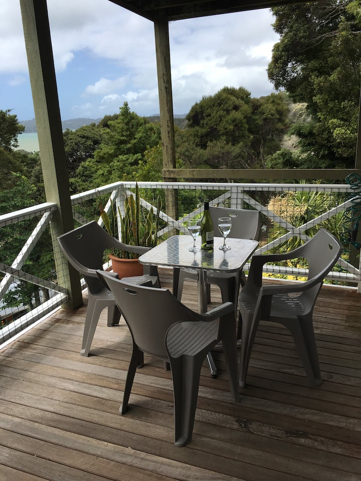 Paihia in the Trees with your own private deck