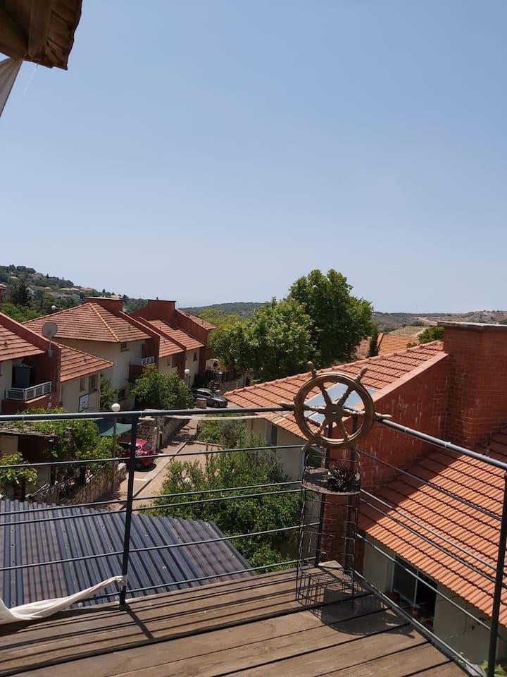 כפר ורדים - בית עם נוף באווירה גלילית