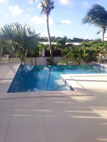 Aloe Villa SXM - Simpson Bay - Gjestehus