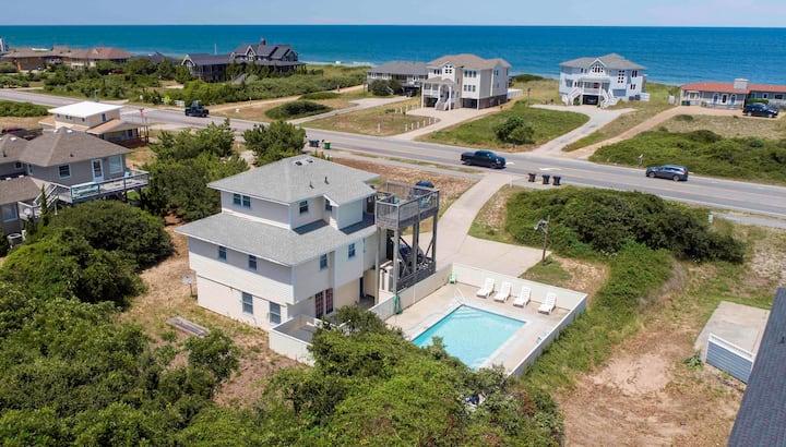 Ocean view, near beach access! Large pool/hot tub