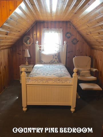 Country pine bedroom