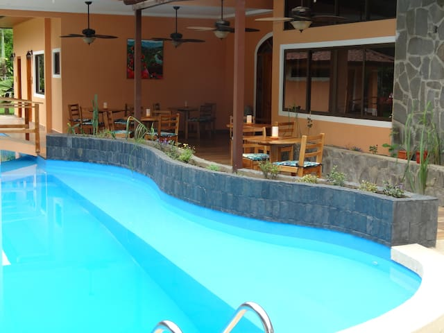 Bocas, triple room with terrace, disabled equipped